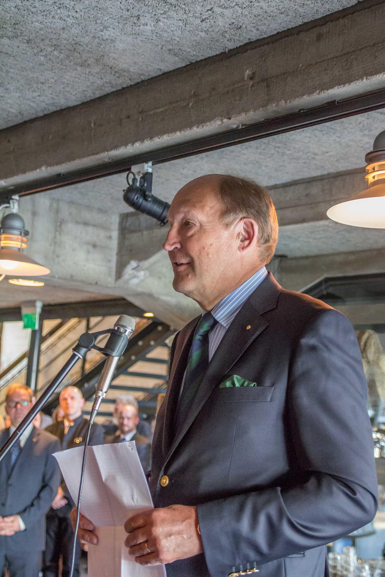 Amiraali Juhani Kaskeala avasi Forum Marinumin uuden päänäyttelyn sekä Loki-palvelun 12.5.2016. Kuva: Ove Enqvist